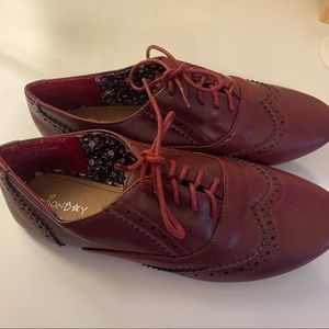 Oxford maroon shoes